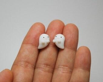 Smiling ghost earrings
