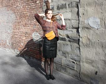 Vintage black leather skirt; highwaisted; David Benjamin; vintage size 7/8; straight cut