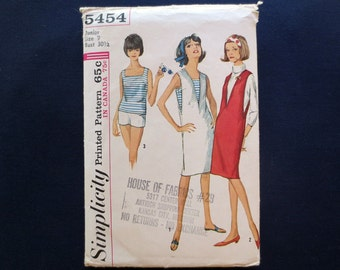 1964 Jumper, Top & Shorts Vintage Pattern, Simplicity 5454, Junior Size 9, Bust 30 1/2