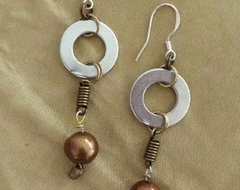 Pearl and washer earrings