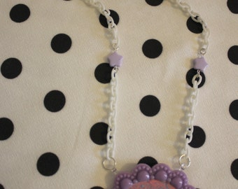 Violet came necklace