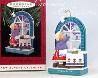 1993 Hallmark Look for the Wonder Keepsake Ornament Advent Calendar Vintage Christmas Window MIB Cute!