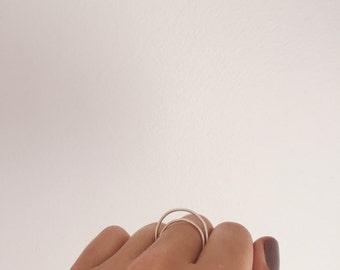 Loop De Li - Floating Silver Ring