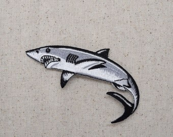 Great White Shark - Embroidered Patch - Iron on Applique - 694220AL
