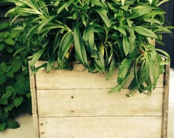 Raised Planter Box, Primitive Planter Box, Rustic Planter Box, Planter Box, Outdoor Planter, Rustic Planter, Primitive Outdoor Planter,