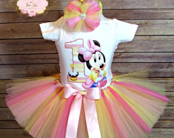 Baby Minne Mouse 1st Birthday Outfit. First Birthday Outfit.  Minnie Mouse Tutu . Minnie Mouse Birthday Set