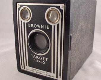 KODAK BROWNIE Target Six-20 Camera - Vintage Camera