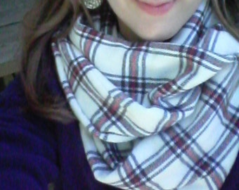 This Flannel Infinity Scarf is so Cozy Warm and Stylish!