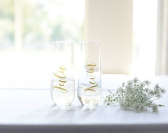 Bridesmaid Champagne glasses, bridesmaid champagne flutes, bachelorette gifts, personalized glasses, bridesmaid gift, personalized flute