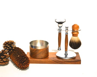 Wooden razor and badger (walnut) - kit: display, chrome tray, razor, badger, and stainless steel bolw