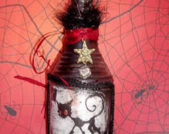 Altered Halloween Bottle - Scaredy Cat