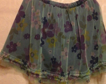 90s vintage skirt in blues and purples.  Soft netting over polyester skirt.