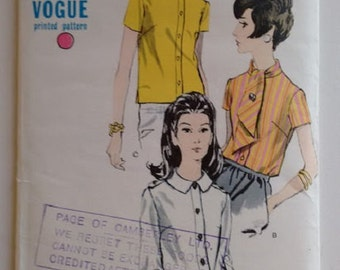 Part UNCUT Vogue 7056 Sewing Pattern 60's Mod Shirt Bow and Peter Pan Blouse Turtle Neck Collar