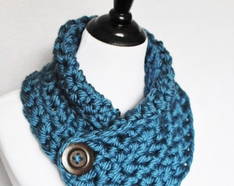 Blue Crochet Scarf, Chunky Button Scarf, Crochet Button Cowl, Chunky Crochet Neck Warmer, Wrap Scarf, Steel Blue Infinity Scarf