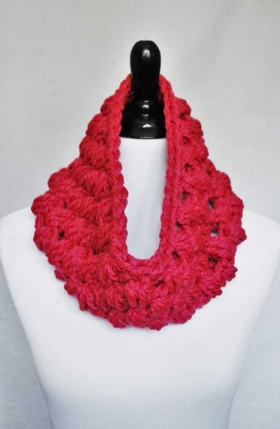Pink Crochet Cowl, Bright Pink Puff Stitch, Chunky Crochet Cowl, Bobble Neck Warmer, Infinity Scarf - Giant Bobble, Raspberry Pink, Magenta