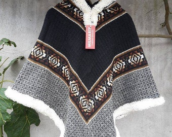 Poncho Handwoven Pure Wool South America - Native American Poncho