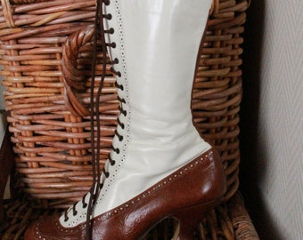 Victorian beige & brown leather boots - US 9.5 / UK 7 / EU 41