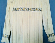Lace dress girls size 10 1960s hand tailored ribbon trim and ties, barely worn, in excellent condition