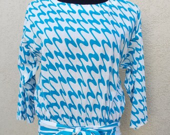 80s, Lester Hayatt, Abstract Blouse, Size M. Free Shipping in lower 48 states!