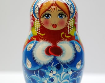 Russian Doll - Matryoshka Doll - Nest doll, made from lime tree, hand-painted with tempera and gouache - Excellent gift!