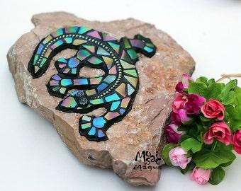 Lizard iridescent mosaic garden decoration