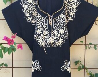 Mexican floral blouse M/L
