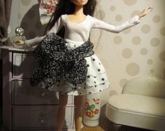 Together top long sleeve, skirt with black polka dots for Momoko
