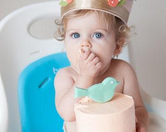 Shabby Chic Birthday Crown, Birthday Crown, First birthday Party, 1st Birthday Party, Baby Photo Props, Felt Birthday Crown
