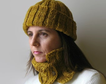 Mustard Yellow Wool Cables Knit Cowl, Chunky Knit, Hand Knit Cowl Scarf, Short Scarf, Neck Warmer, Cute Scarf, Womens Scarves, branda, SALE