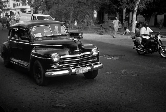 taxi havana cuba black and white. Black Bedroom Furniture Sets. Home Design Ideas
