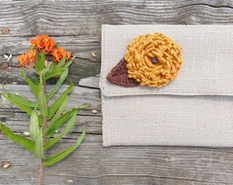 Bridesmaid Clutch, Burlap Linen Clutch, Fall Wedding, Clutch Bag, Rustic Wedding, Clutch Purse, Clutch with Flower Pin, Jannysgirl