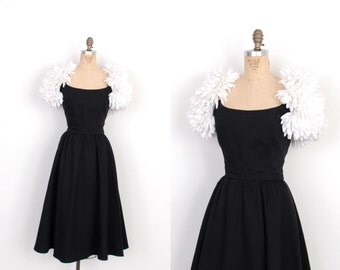 Vintage 1980s Dress / 80s Victor Costa Party Dress with Flower Sleeves / Black and White (M L)