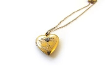 Vintage Heart Locket With Diamond Chip c.1940s