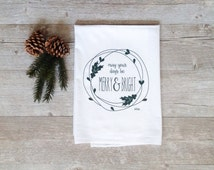 Christmas Tea Towel - Merry and Bright Wreath Holiday Flour Sack Kitchen Dish Cloth Evergreen Pine Rustic Home Decor Farmhouse Decor