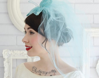 Vintage Aqua Veil and Hair Comb with Rhinestones Lace and Faux Pearls