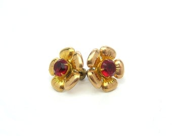 Screw Back Earrings. Flower Earrings. Gold Fill & Cherry Red Rhinestone Centers. Engraved, Repousse Petals. Vintage 1950s Retro Jewelry