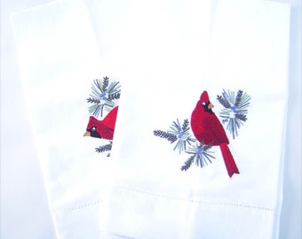 Hand towels, happy cardinals embroidered on pine boughs, brand-new, hostess gift, bathroom towel, kitchen towel