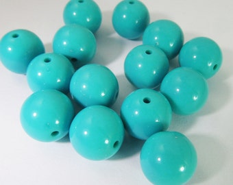 20 Vintage 12mm Turquoise Lucite Beads Luc183