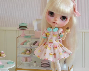 BLYTHE Dress *Cupcake Cutie* Dress for Blythe by Sweet Petite Shoppe