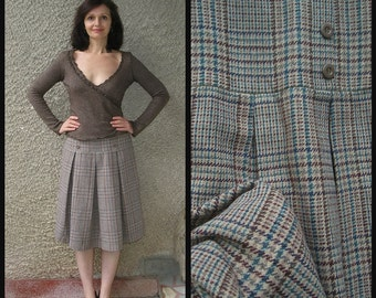 10% off with coupon code WINTER: Vintage wool-blend tartan skirt, size M