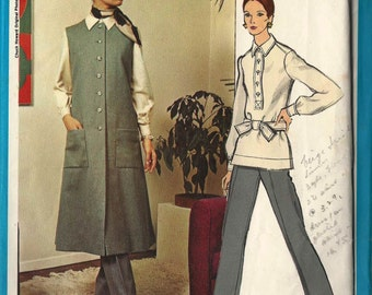 Vogue 2371 Button thru sleeveless coat blouse/tunic collar placket and straight pants Size 10 Vogue Americana Chuck Howard (uncut)