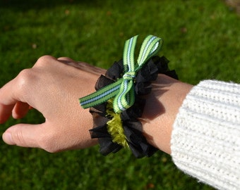 Green bows and ruffles fabric cuff bracelet, Saint Patrick's Day Halloween witch zombie faux fur olive trim black button loop gift