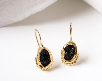 24k Solid gold earring with black tektite, 24k gold Earrings, Bezel Set Earrings, Dangle earrings gold, Stone earrings, Raw gemstone earring
