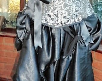 black & silver corset/bustle skirt in frilled black satin boned waist training large size halloween day of the dead gothic ajustable size