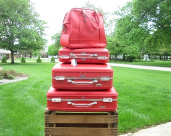 Vintage Luggage Set Red Suitcase Feminine American Tourister 4 Matching Pieces