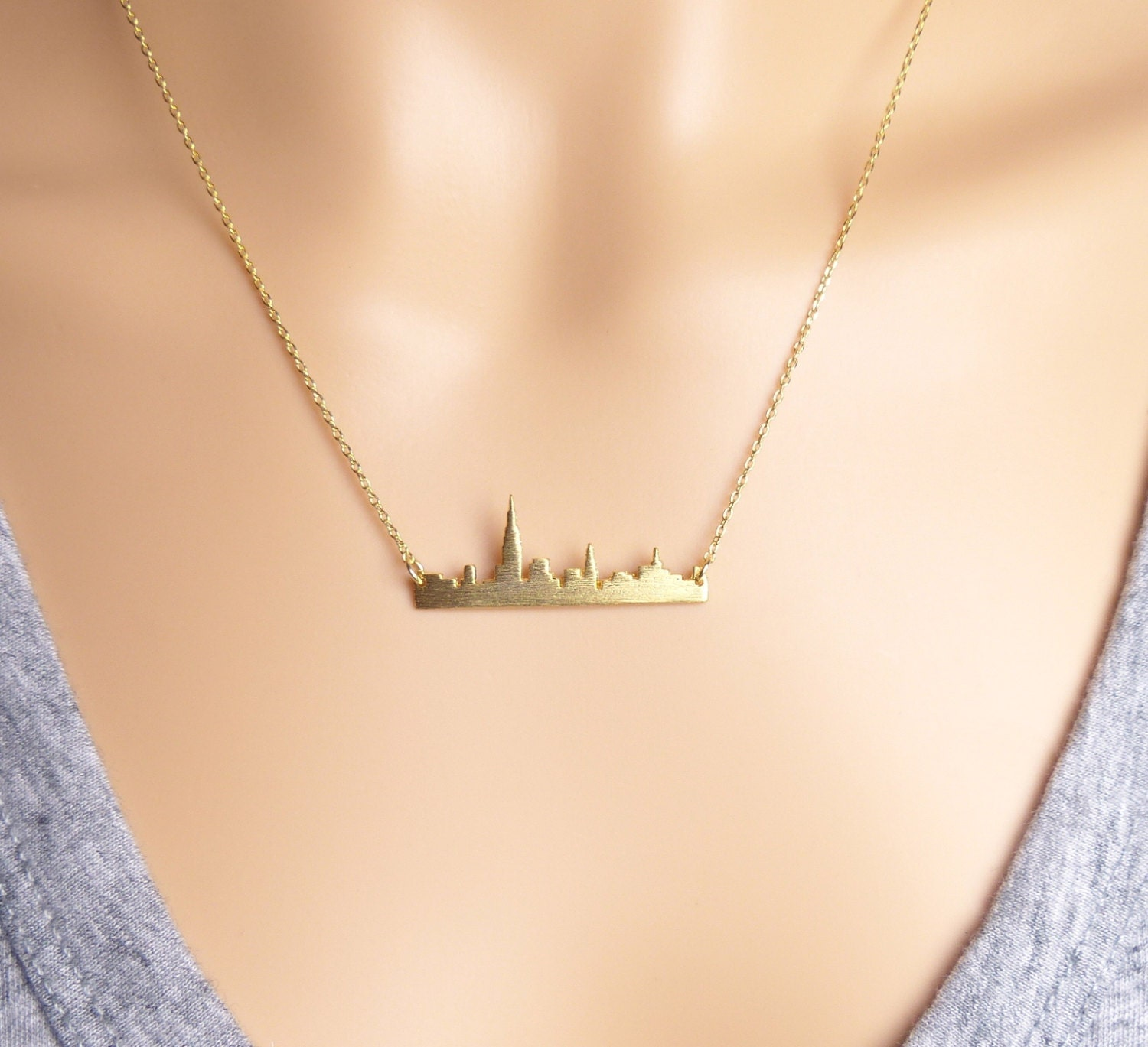 new york city skyline bar necklace nyc necklace anniversary. Black Bedroom Furniture Sets. Home Design Ideas