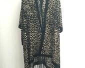 Festival Hippie Gypsy Kimono samt Jacke Boho Devore Burnout Brown Velvet Kimono - Blume Design-Geschenke für Sie