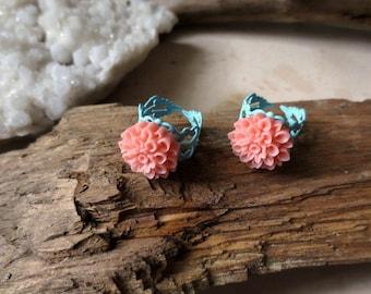 Bright Flower Ring, Seafoam Blue Coral Pastel Filigree Ring, Nature Boho Mum Ring