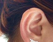 Leaf Ear Cuff, Ear Climber, Sterling Silver Ear Cuff, Leaf ear crawler, Silver Earring, Ear Crawler, Ear Sweep, Ear Climber, Leaf Jewelry