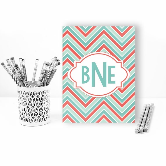 Personalized folder in chevron print, monogram folder, pocket folder, school folder, personalized school supplies, back to school